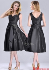 Popular Empire Black Tea Length Prom Dress with Ruching and Bowknot