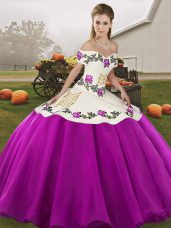 Sleeveless Embroidery Lace Up Ball Gown Prom Dress