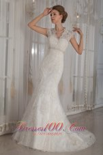 Beaded V Neck Mermaid Lace Wedding Dress For Brides