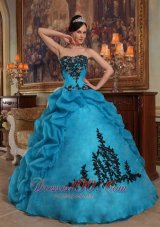 Taffeta and Organza Blue Quincianera Dresses Beading and Pick-ups