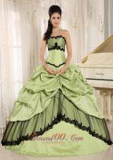 Taffeta Yellow Green Pick-ups Appliques Quinceanera Dress