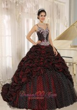 Pick-ups Special Spaghetti Straps Appliques Quinceanera Gowns