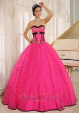 Hot Pink Sweetheart Quincianera Dresses With Embroidery Decorate