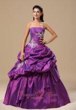Strapless Appliques Decorate Pick-ups Purple Dresses Of 15