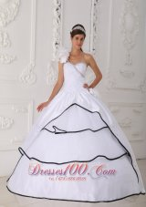 2013 Beautiful White One Shoulder Quinceanera Dress