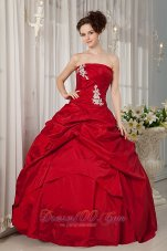 Wine Red Appliques Strapless Floor-length Quinceanera Dress