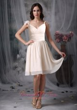 V-neck Off White Straps Chiffon Ruched Dama Dresses