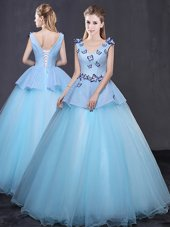 Cute Floor Length Ball Gowns Sleeveless Light Blue Vestidos de Quinceanera Lace Up,Silhouette: Ball GownsNeckline: v-neckSleeve Length: sleevelessHemline/Train: floor lengthBack Detail: lace upEmbellishment: appliquesFabric: tulleShown Color: light blue(Color & Style representation may vary by monitor.)Occasion: military ball,sweet 16,quinceaneraSeason: spring,summer,fall,winterFully Lined: YesBuilt-In Bra: Yes