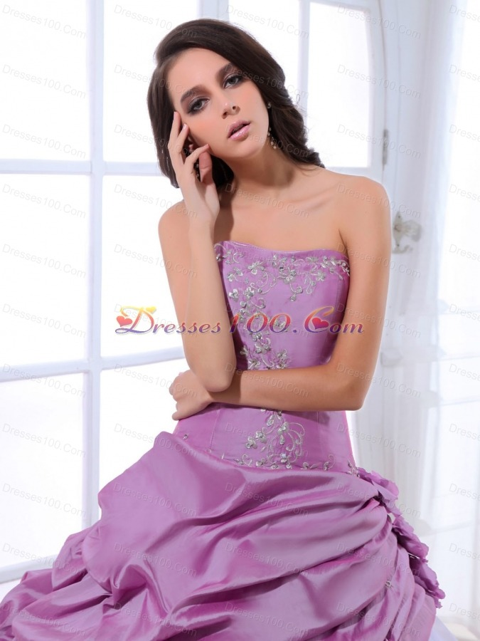 Pretty White and Lavender Sweet 16 Dresses Appliques Pick-ups