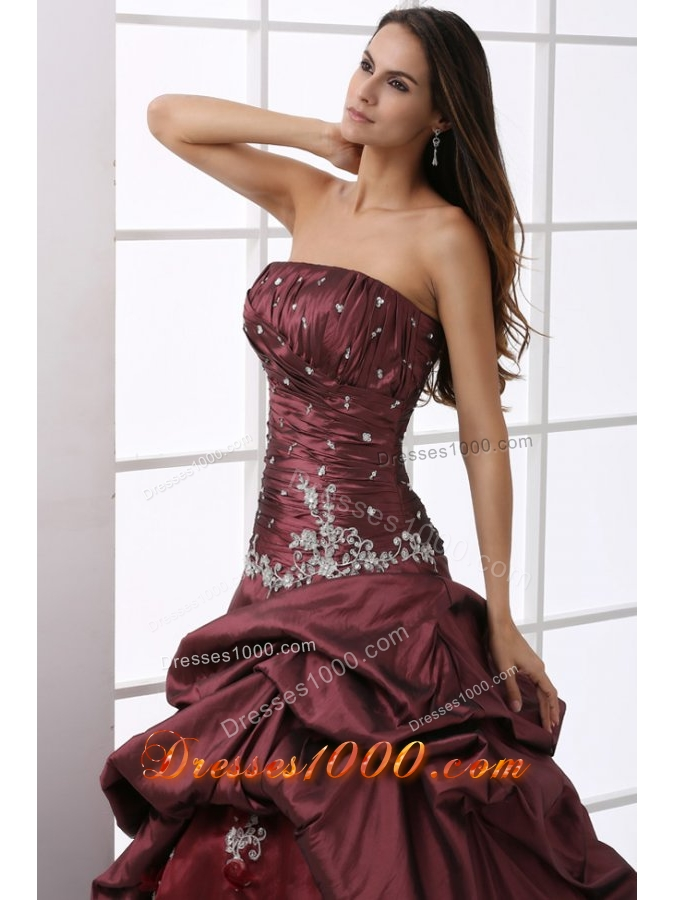 Chic Pick Ups Ruching Beading and Appliques Quinceanera Dresses