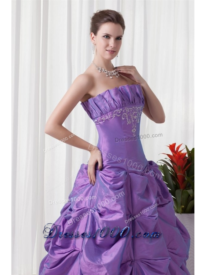 Cheap Strapless Lavender Quinceanera Dress with Embroidery and Pick-ups