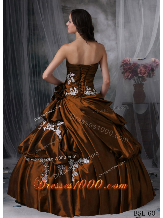 2014 Puffy Ball Gown Strapless Quinceanera Dress with Appliques