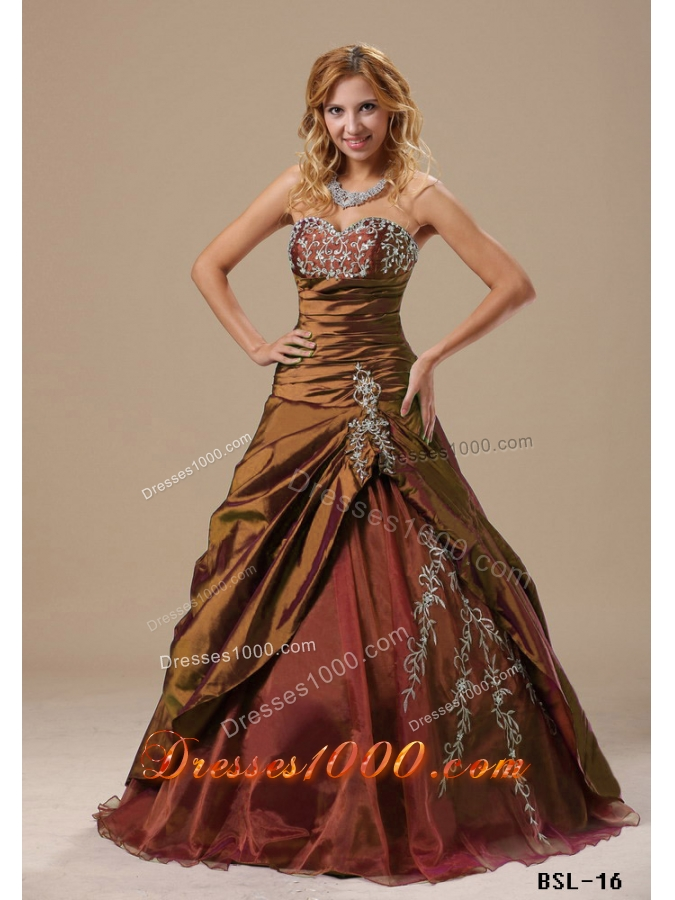 Beautiful Sweetheart Quinceanera Dresses with Appliques and Ruching Bodice For 2014