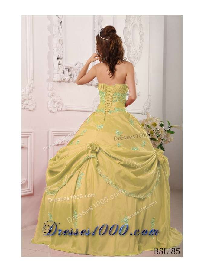 Strapless Sweet Sixteen Dresses with Appliques and Beading