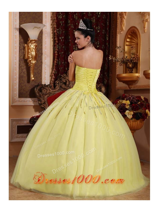 Yellow Sweetheart Tulle Quinceanera Gown Dresses with Beading