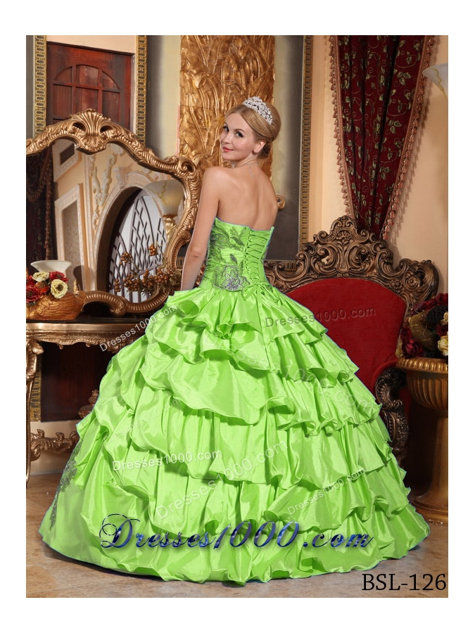 Discount Strapless Quinceaneras Dress with Appliques and Ruffles
