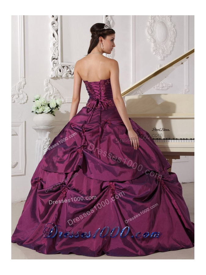 2014 Dark Purple Puffy Sweetheart Appilques Quinceanera Dress with Pick-ups