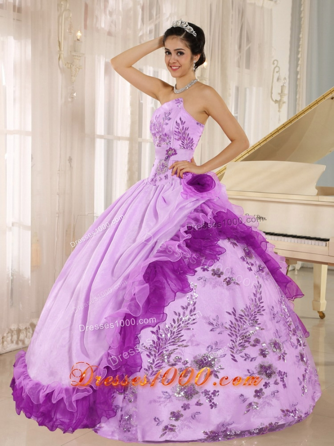 2014 Elegant Applqiues and Hand Made Flowers Quinceanera Dresses