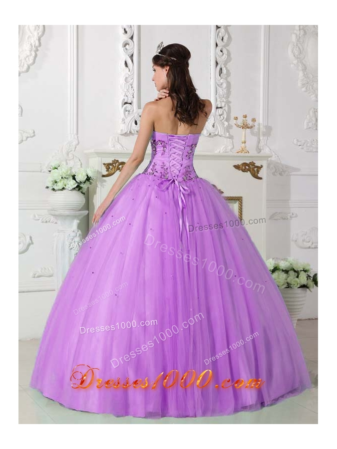 Sweetheart Lilac Quinceneara Dresses with Appliques and Beading