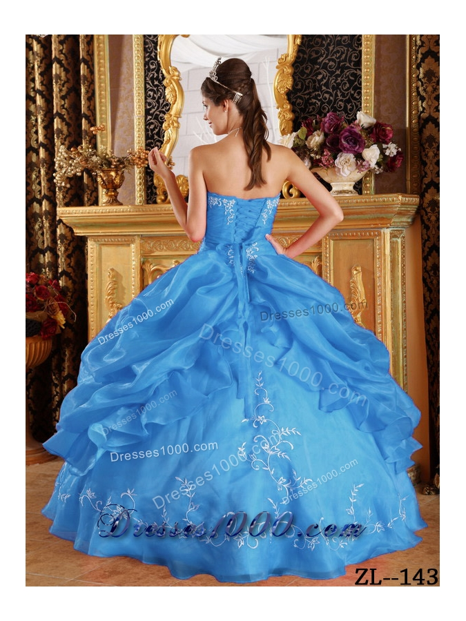 2014 Aqua Blue Ball Gown Strapless  Embroidery Quinceanera Dress with Pick-ups