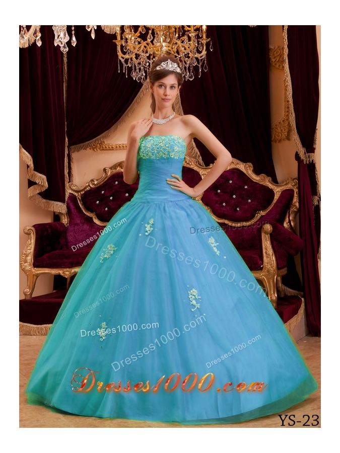 2014 Beautiful Blue Princess Strapless Appliques Tulle Quinceanera Dress
