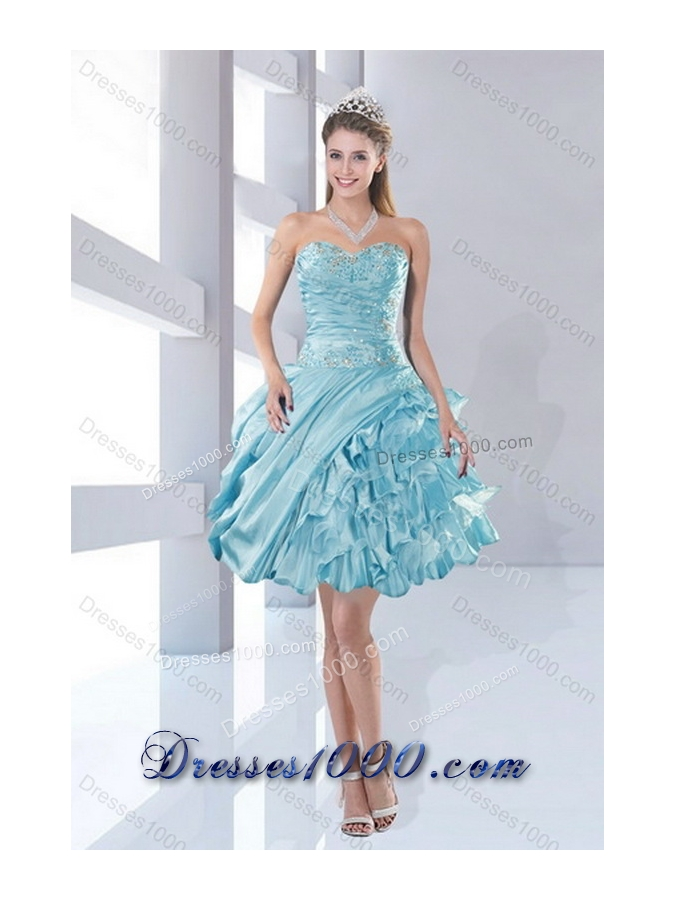 2015 Sweetheart Ball Gown Quinceanera Dresses with Beading and Ruffled Layers