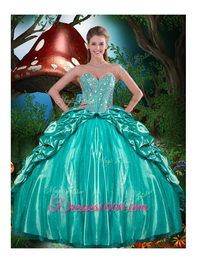 2015 Fall New Style Beaded and Ruffled Layers Quinceanera Dresses in Taffeta