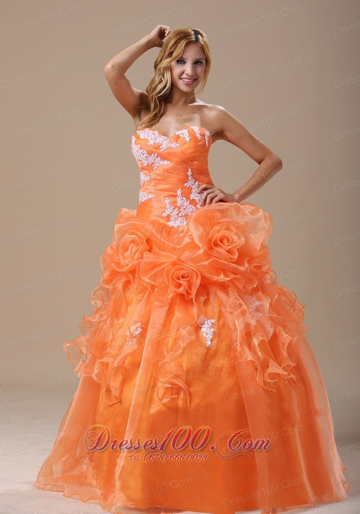 Appliques Decorate Up Bodice Sweetheart Dress for Quince