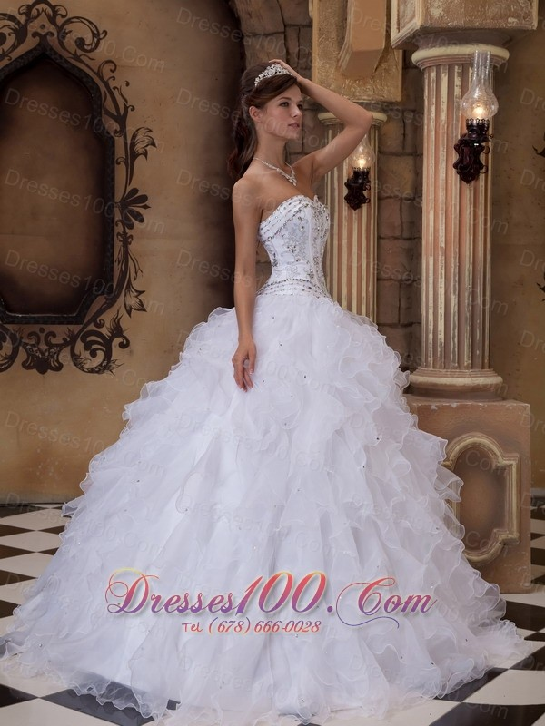 Sweetheart Beading Puffy Ball Gown White Dress for Sweet 15