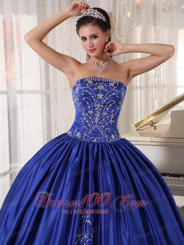 Embroidery Blue Ball Gown Quinceanera Dress Strapless