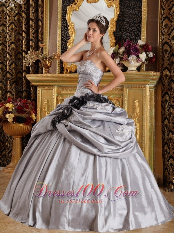 Appliques and Handmade Flowers Gray Taffeta Quinceanera Dress