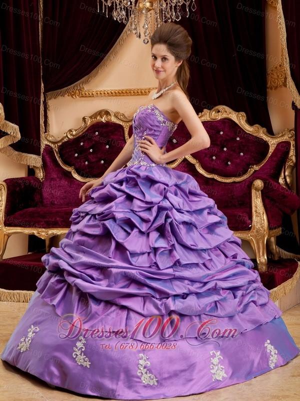 Lavender Dresses for Quinceaneras Sweetheart Taffeta Appliques