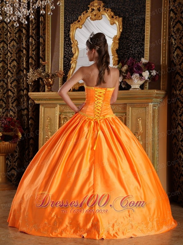 Orange Satin Bowknot and Embroidery Quinceanera Dress