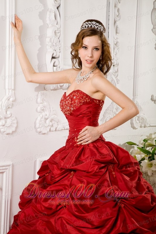 Red Pick-ups Beading appliques Quinceanera Gown