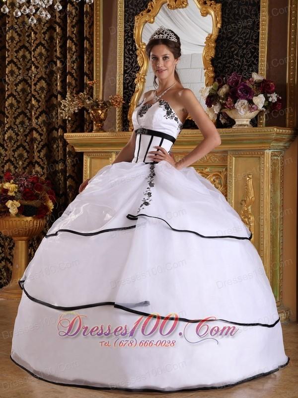 2013 White White Black Appliques Sweet 16 Dress