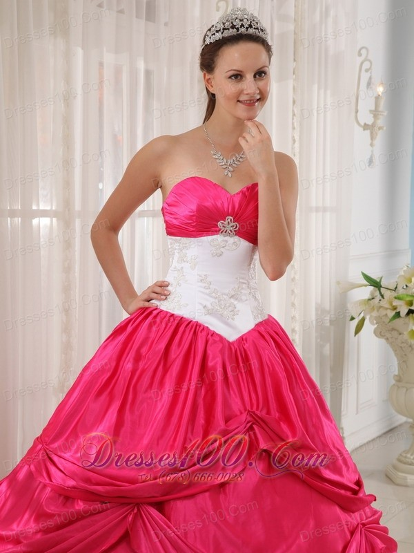Cheap Red and White Appliques Sweetheart Quinceanera Dress