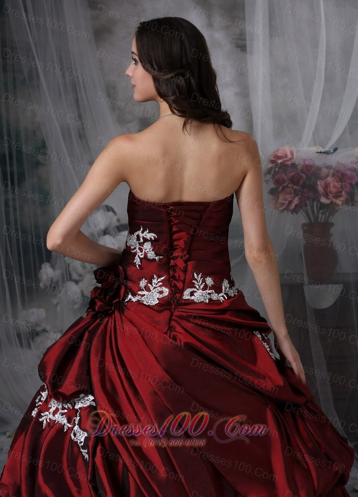 Wine Red Strapless Appliques Taffeta Quinceanea Dress