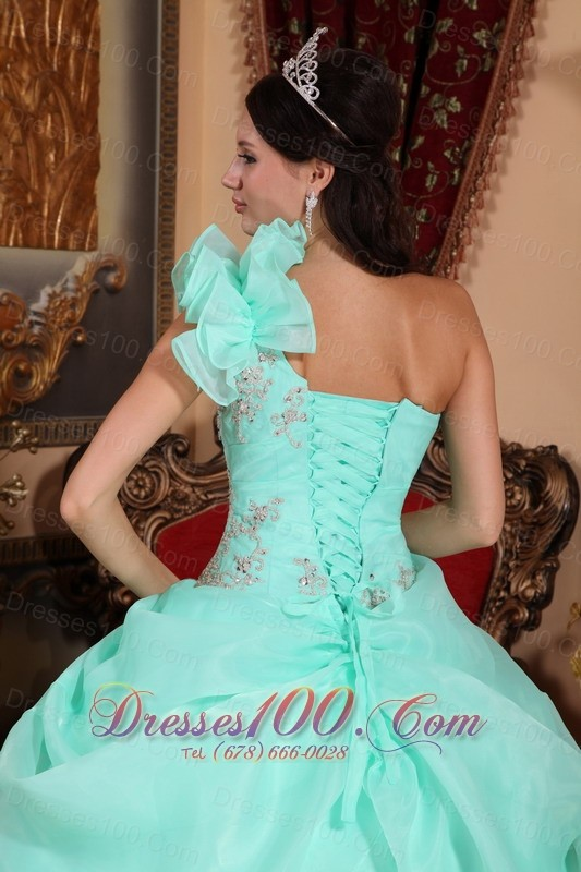 One Shoulder Appliques Bead Quinceanera Dress