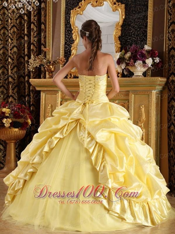 Sweet Sixteen Dresses Light Yellow Pick-ups Beading