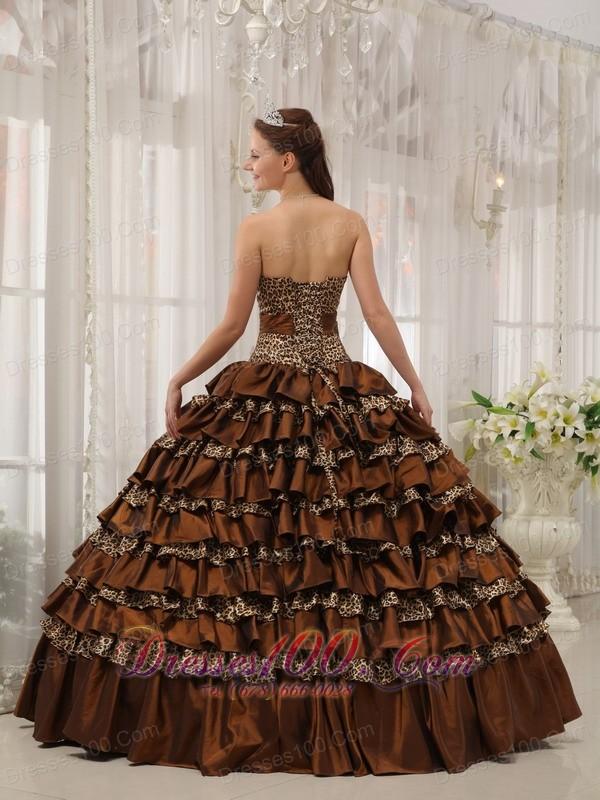 Modest Brown Quinceanera Dress Taffeta Ball Gown